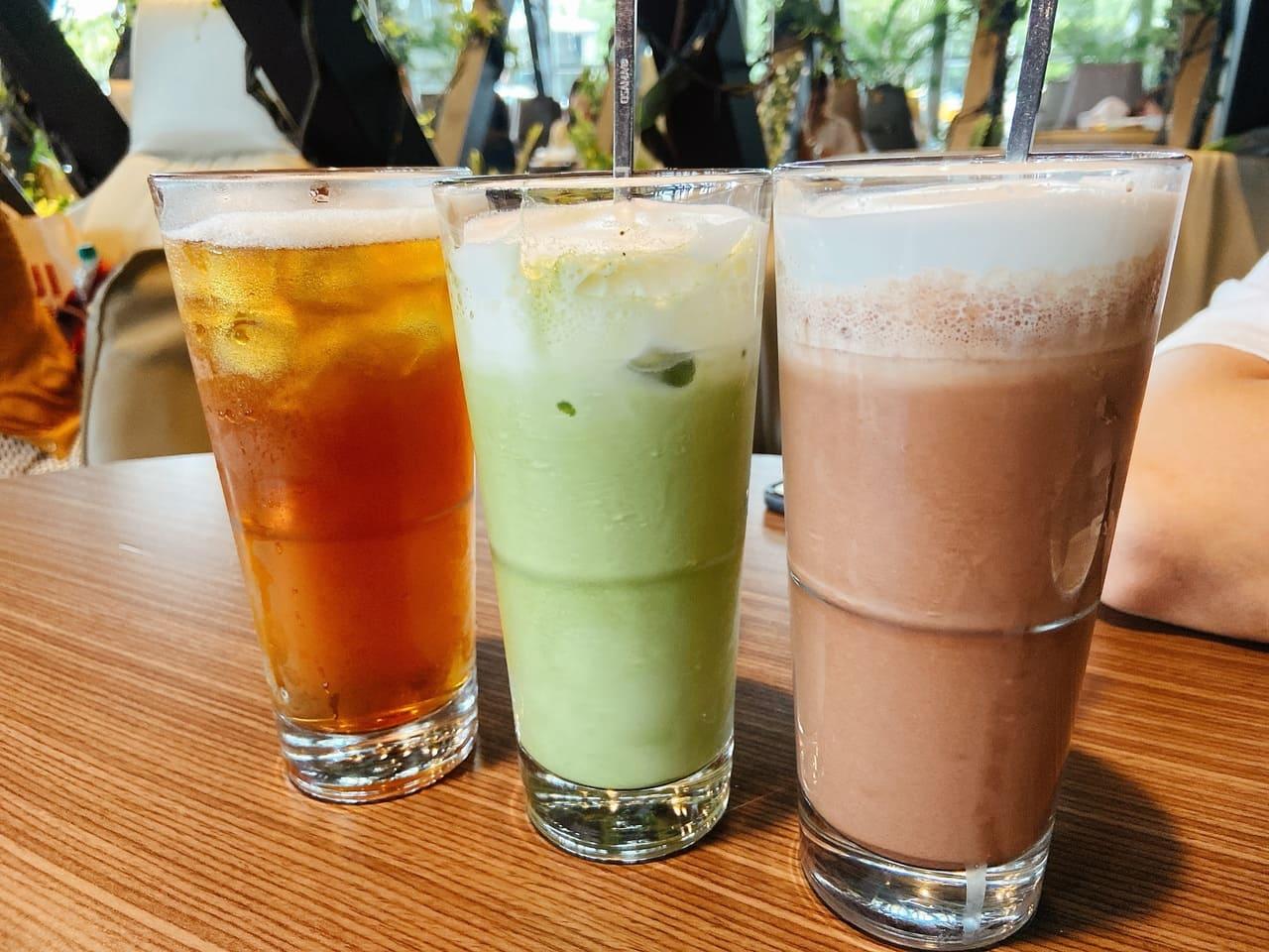 蜜香紅茶(單點$80)、抹茶拿鐵(單點$120)、冰可可(單點$120)